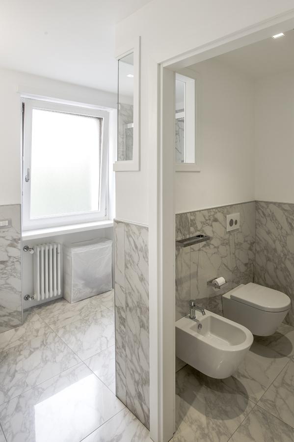Ristrutturazione appartamento della Vittoria FC bagno marmo